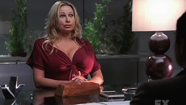 Jennifer Coolidge dans Nip/Tuck